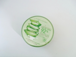 Nature Republic Aloe Vera Soothing Gel Review and the Many Ways to Use It!